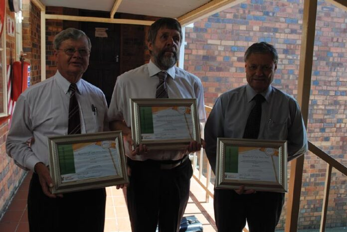 Small Claims Court Service of 20 years or more: Mr Dries Botha, Mr Chris Stander and Mr Chris Robberts who have been Commissioners since the establishment of the Piet Retief Small Claims Court