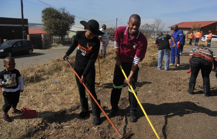 Injobo-Enhle Foundation Joins Forces with Mkhondo Municipality