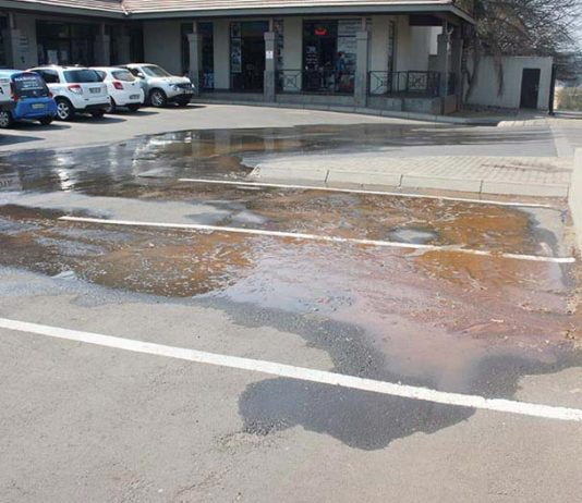 two water pipes burst in Theo Mocke Street