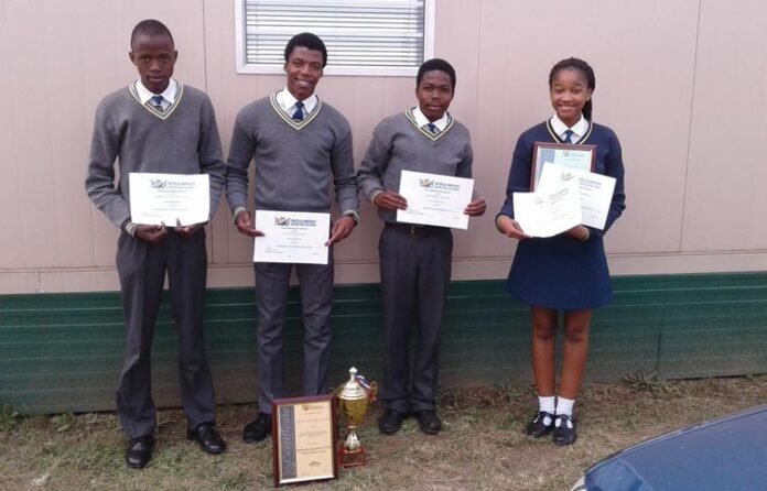 Sinethemba Shines In The Annual Circuit Awards