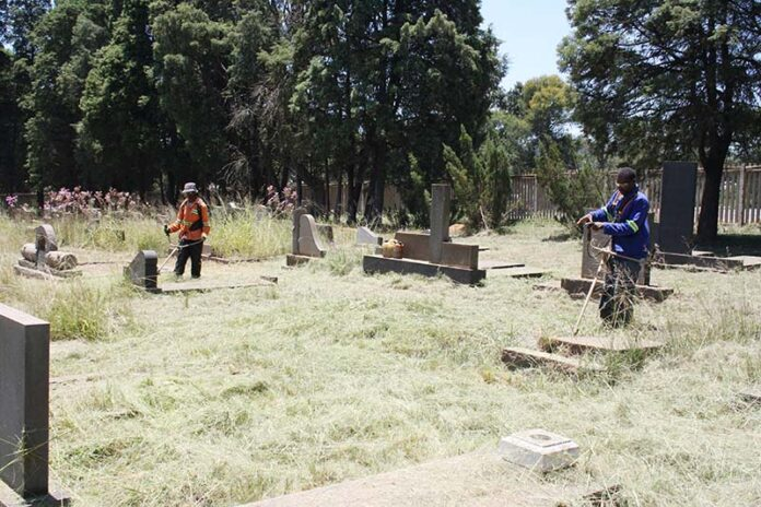 local cemeteries, Local cemeteries cleaned by community, Mpumalanga News - Excelsior, Mpumalanga News - Excelsior