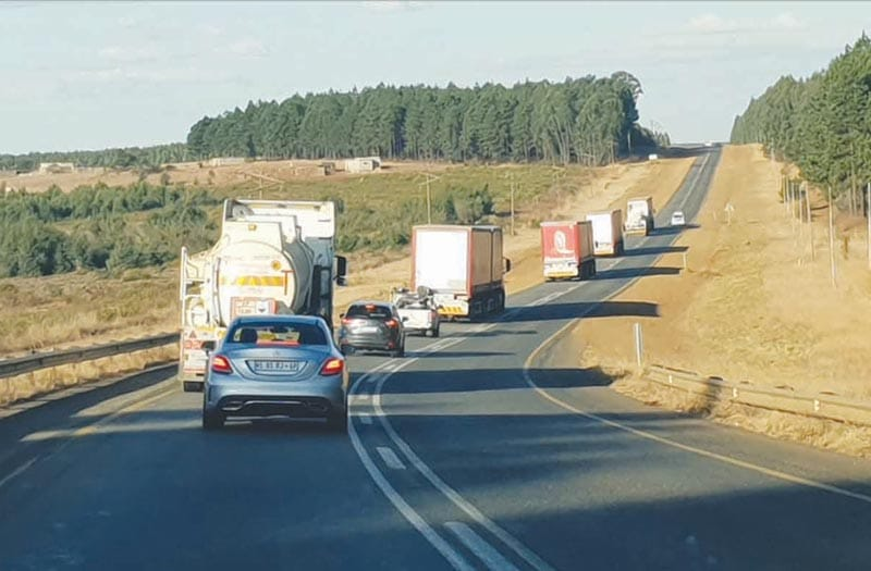 N2 turns into one big truck-stop.Truck driver's strike in Piet Retief
