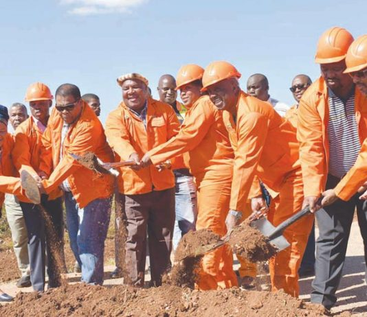 """Sod-turning for the """"new"""" Klipwal Road"""