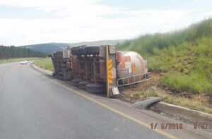 Another hazardous chemical truck accident on the Pongola road